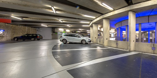 un parking privé à Roissy