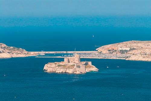 Calanques en bateau à Marseille